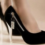 Những cách làm giảm đau chân vì mang giày cao gót trong thời gian dài